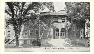 Hiawatha Kansas~Rounded Corner Arch Doorway~First Christian Church~1940 Postcard