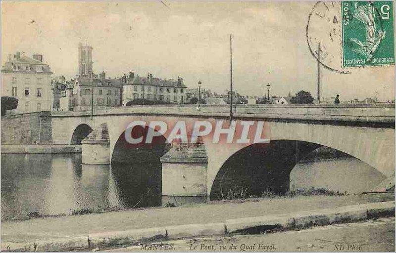 Postcard Old Bridge Mantes seen Quai Fayol