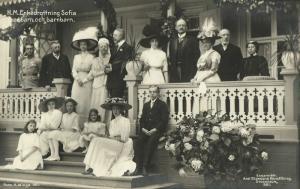 Queen consort of Sweden Norway Sophia of Nassau with Children and Grandchildren