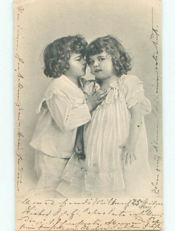 1904 foreign FRENCH - GIRL WHISPERS IN THE EAR OF ANOTHER GIRL o3382