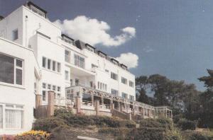 Harbour Heights Hotel Sandbanks Poole Dorset Postcard