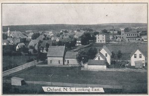 OXFORD , Nova Scotia , Canada , 00-10s ; Looking East ,