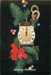 Postcard Greetings flowers clock new year luck
