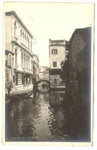 RP; Rio S. Stin, Venezio, Veneto, Italy, 10-20s