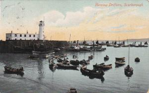 Lighthouse & Herring drifters , SCARBOROUGH , Yorkshire , England , PU-1911