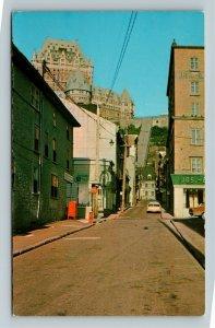 QC-Quebec Canada, La rue sous le Fort, Chrome Postcard