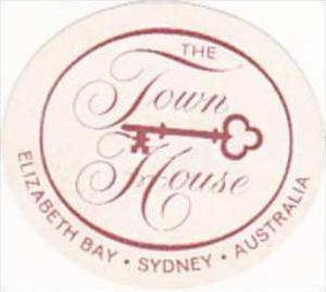 AUSTRALIA SYDNEY TOWN HOUSE HOTEL VINTAGE LUGGAGE LABEL