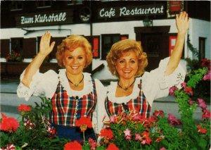 CPM Maria & Margot Hellwig SINGER (780145)