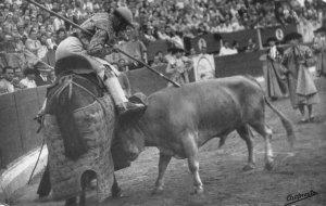 RPPC Bullfighter Chapresto Spain dr ferran stamp España Vintage Postcard