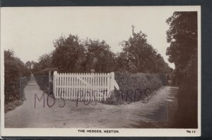 Middlesex Postcard - The Hedges, Heston, Nr Hounslow  RS16103