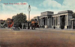Hyde Park Corner, Street Lamp Arch Auto Vintage Cars London