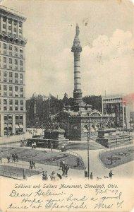 LP26  Cleveland Ohio Soldier Sailors Monument  Postcard