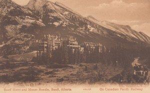 BANFF , Alberta , Canada , 1900-10s ; Banff Hotel & Mount Rundle