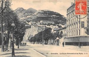 France Grenoble Le Cours St-Andre et les Forts, Street Bicycle
