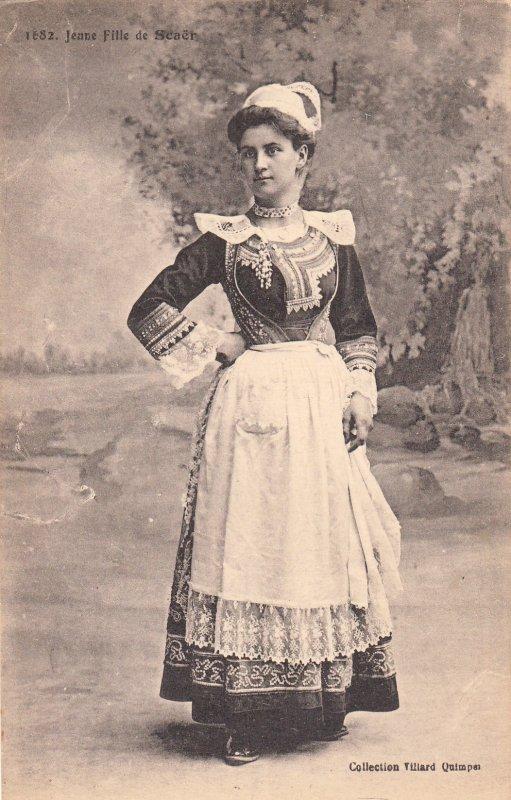 P1819 1918 france postcard french woman costume jenne fille de seaer