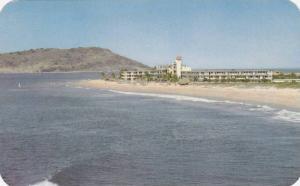Hotel La Playa on Camarones Beach, Mexico, 40-60s