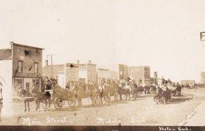 RP: MIDALE , Saskatchewan , Canada , 1900-10s ; Main Street