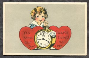 dc2197 - VALENTINE'S DAY 1920s Girl with Two Hearts & a Clock