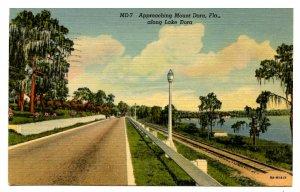 FL - Mount Dora. Along Lake Dora