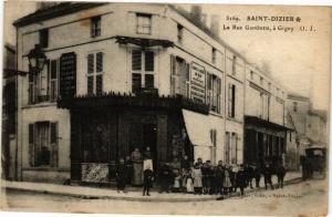 CPA Saint-Dizier - La Rue Gambetta (270283)