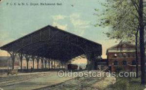PCC and St L Depot, Richmond, IN USA Train Railroad Station Depot Post Card P...
