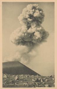 Eruptie Vulkaan Smeroe , Indonesia, 1910's