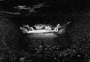Italy Verona L'Arena Durante uno Spettacolo Lirico Postcard