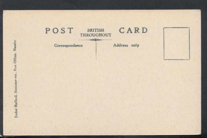 Northamptonshire Postcard - Cromwell Table, Naseby    RS12671