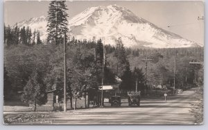 RPPC-Mt. Shasta from the Pacific Highway - 1930's truck & Auto