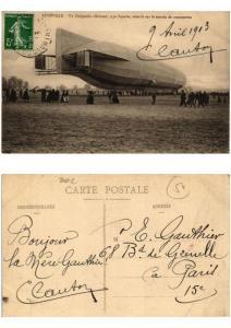 CPA AK LUNEVILLE Un Dirigeable allemand type Zeppelin (509289)