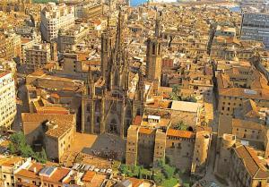 Spain Barcelona Catedral y Barrio Gotico Vista aerea