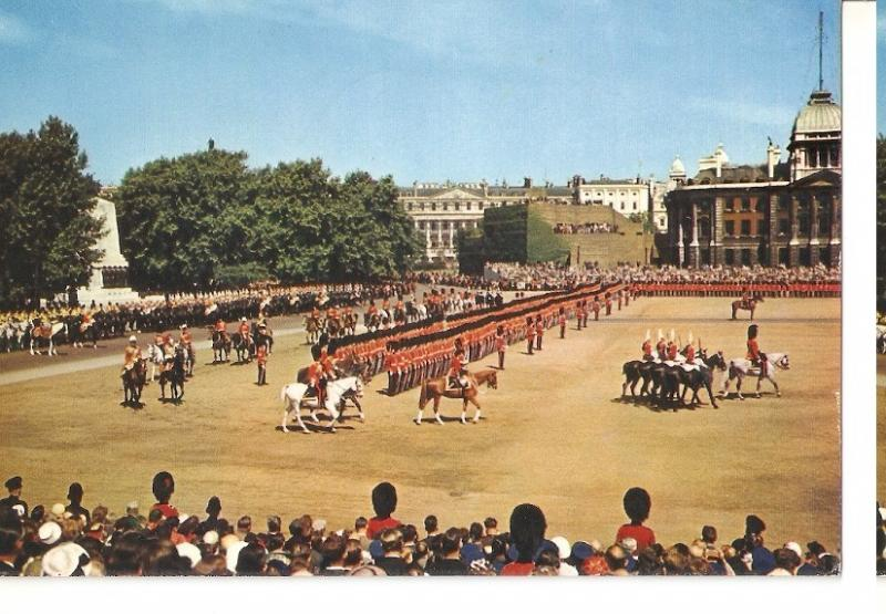Postal 045238 : London Trooping the Colour