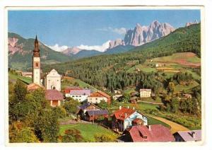 St. Peter In Villnok m. 1150, Mit Geislerspitzen, m. 3027 (Dolomiten), Italy,...