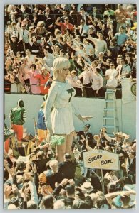 New Orleans LA~Giant Tulane Cheerleader Cheers for Sugar Bowl~Mardi Gras~1960s