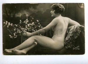 129033 NUDE Woman FLOWERS vintage Real PHOTO CORONA #174 PC