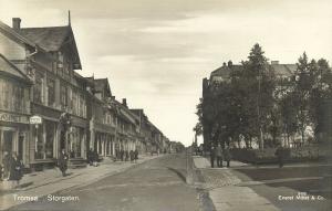 norway norge, TROMSØ TROMSO, Storgaten, Street Scene (1938) RPPC
