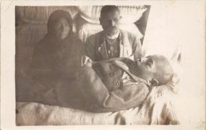 F37/ Interesting Real Photo RPPC Postcard c1910 Post Mortem Death Child