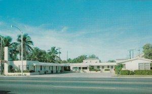 WEST PALM BEACH , Florida , 1950-60s ; Papaya Motel