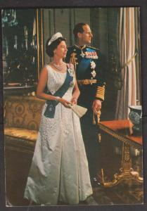 Queen Elizabeth II and Prince Philip Official Pose