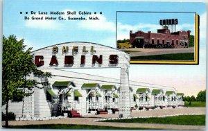 Escanaba, Michigan Postcard De Luxe Modern SHELL CABINS Roadside Linen 1940s