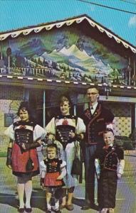 Ohio Sugarcreek Swiss Family