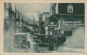 LA MALBAIE , Quebec ,1910s ; Main Street , Cars & Buggy