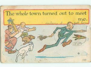 Pre-Linen Comic MANY ANGRY PEOPLE CHASING MAN AB9456