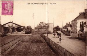CPA Courdrecieux - La Gare (390975)
