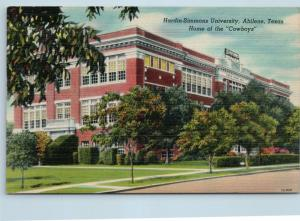 Postcard TX Abilene Hardin Simmons University Home of the Cowboys Linen O07