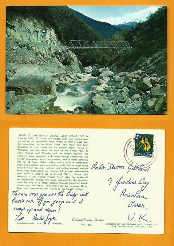 NEW ZEALAND POSTCARD-STAMP-GATE TO THE HAAST BRIDGE W.OTAGO