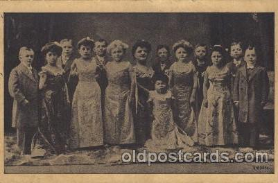 Circus Smallest Person, Midget Postcard Post Card  Lembranca Da Companhia De ...