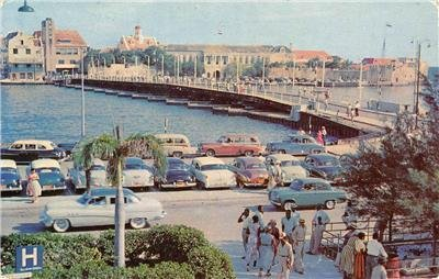 Famous Pontoon Bridge, Governor's Residence, Curaçao, West Indies 1967 Postcard