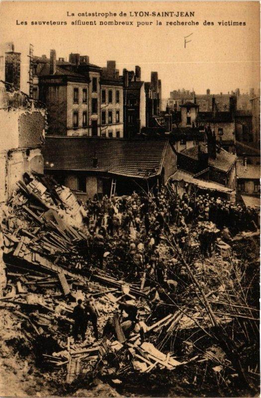 CPA AK La catastrophe de LYON St-JEAN (470112)