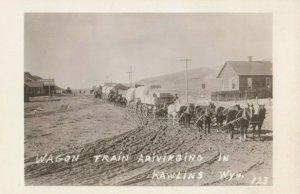 RP; RAWLINS , Wyoming , 1910s ; Wagon Train on main Street